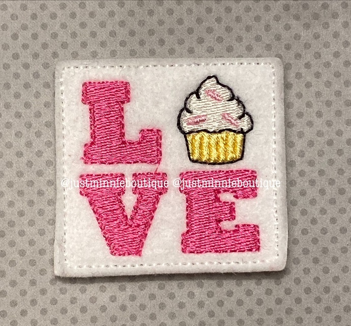 CUPCAKE LOVE Feltie 4 pc
