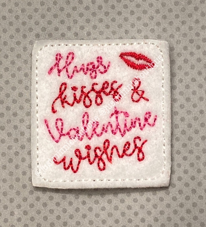 HUGS & KISSES Feltie 4 pc