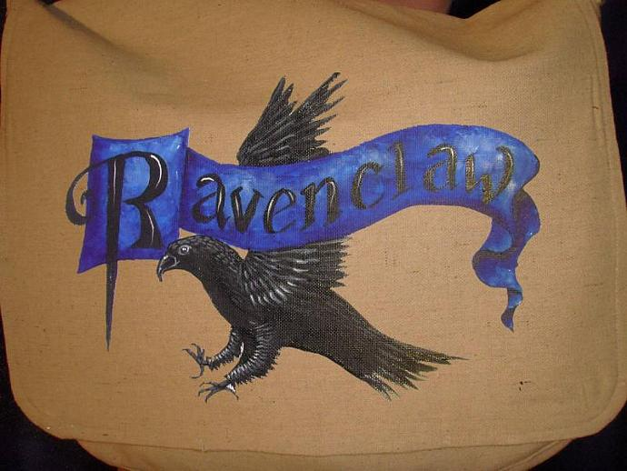 RAVENCLAW Canvas Messenger Bag with zippered pockets