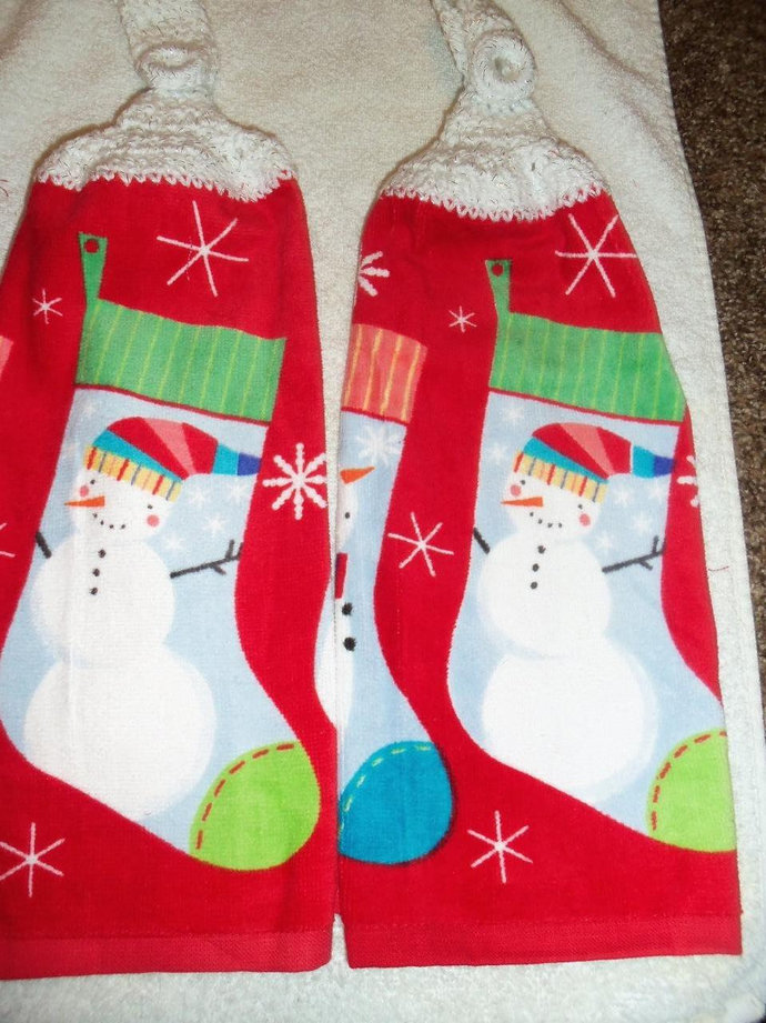 Snowflake and Stockings Kitchen Hanging Towels (2) Med Quality