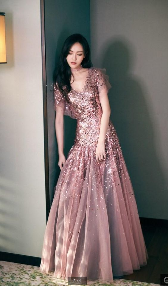 New Stars With Sequins Prom Dresses Bean Sand Color High-end V-Neck Long-Sleeved