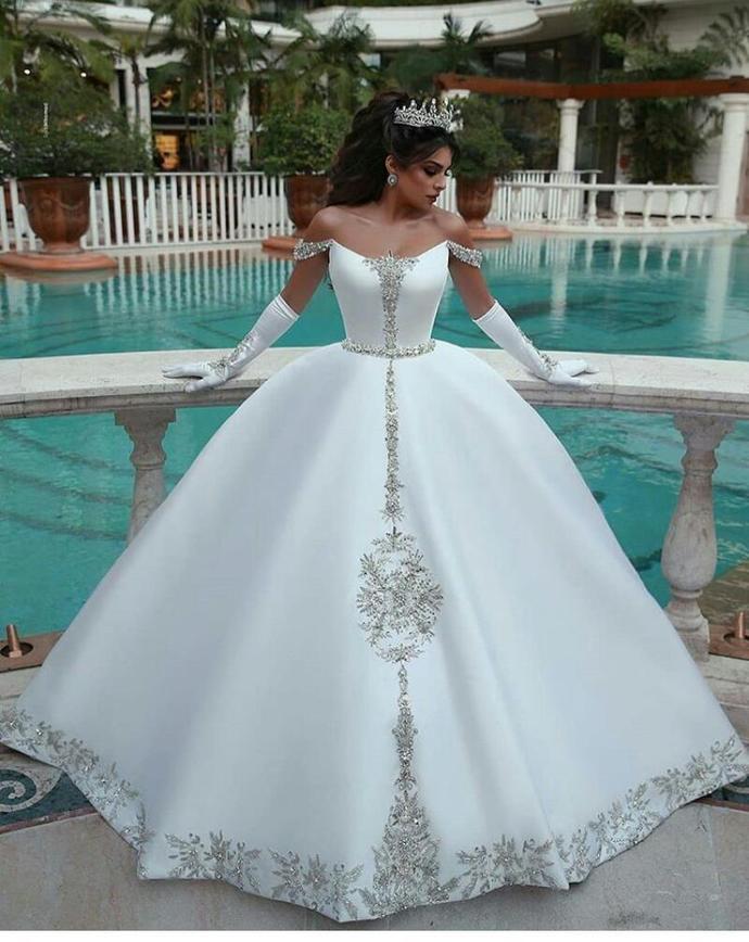 Luxury White Satin Beaded Ball Gown Wedding Dresses Custom Made Long Bridal