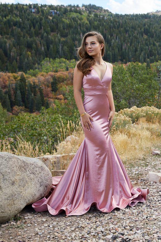 Long V-Neck Formal Prom Dress with Trumpet Skirt