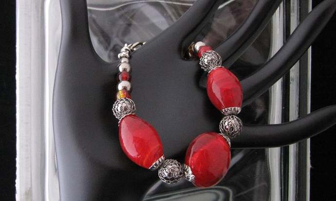 Resplendent Red! Lampwork, Crackle, Chromed Glass, and Wire Netted Beaded