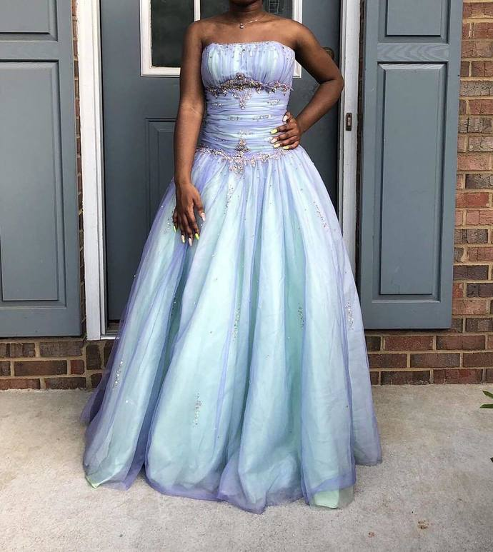 Charming Prom Dress,Tulle Prom Gown,Strapless Prom Dress,Beading Wedding Gown