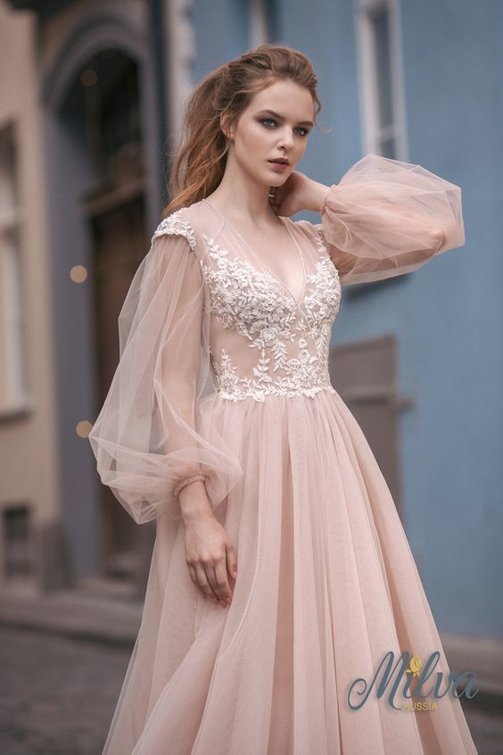 In Stock Wonderful evening dress Tulle wedding Neckline A-line Wedding Dress