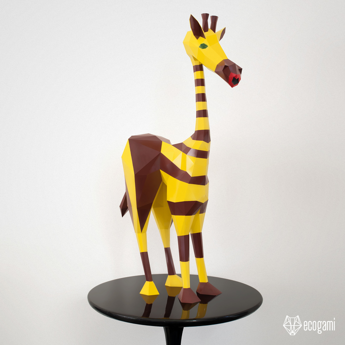 RAFFE, the funny giraffe papercraft sculpture, perfect for your home decor