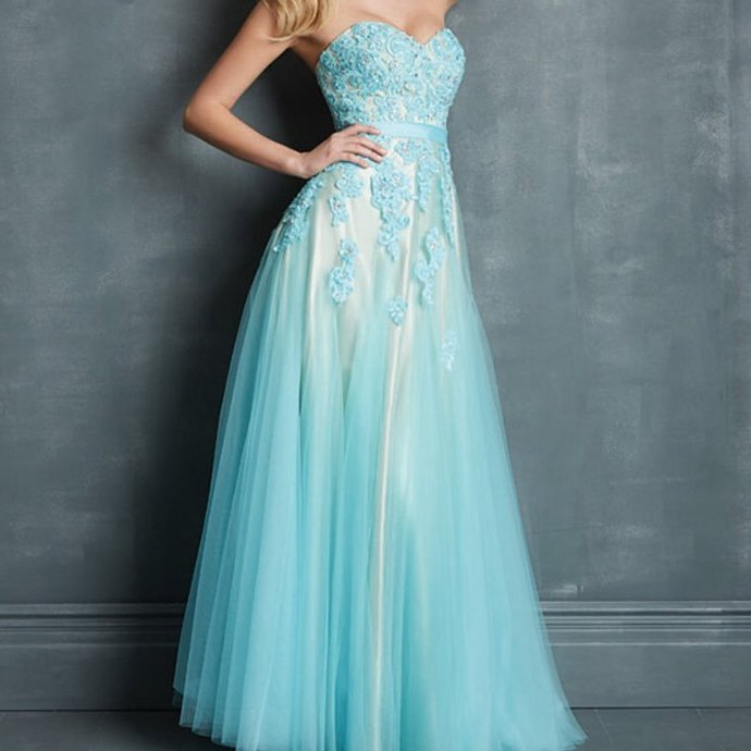 Charming Prom Dress,Tulle Prom Gown,Sweetheart Prom Dress,Appliques Wedding Gown