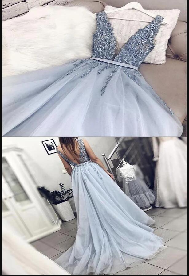 Plus Size Sexy Backless V-Neck Long Lace Prom Dress With Appliqued Custom Made