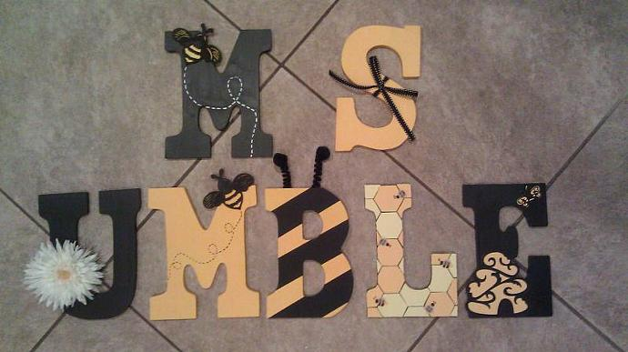 Custom Bee Wooden Letters