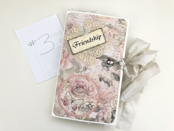 Folio #3 Friendship - Stamperia Shabby Rose - Butterfly
