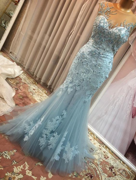 Charming Prom Dress,Tulle Prom Gown,O-Neck Prom Dress,Appliques Wedding Gown