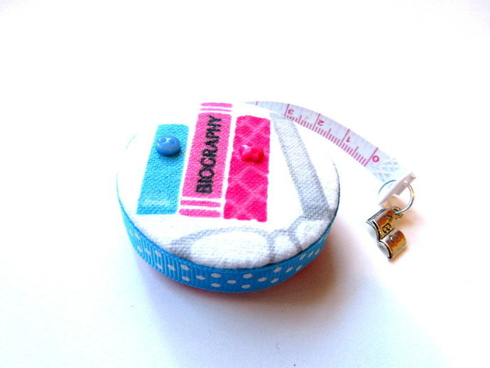 Measuring Tape with Books Small Retractable Tape Measure