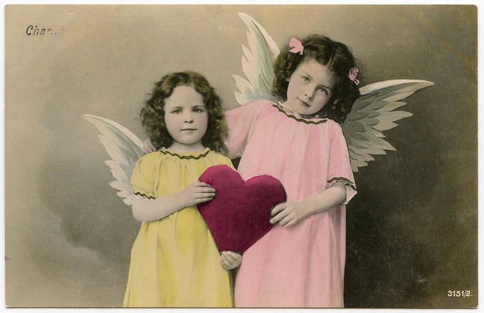 Two Angels and One Ruby Heart 1907 Antique French Postcard