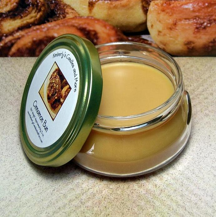 Cinnamon Bun Wickless Candle
