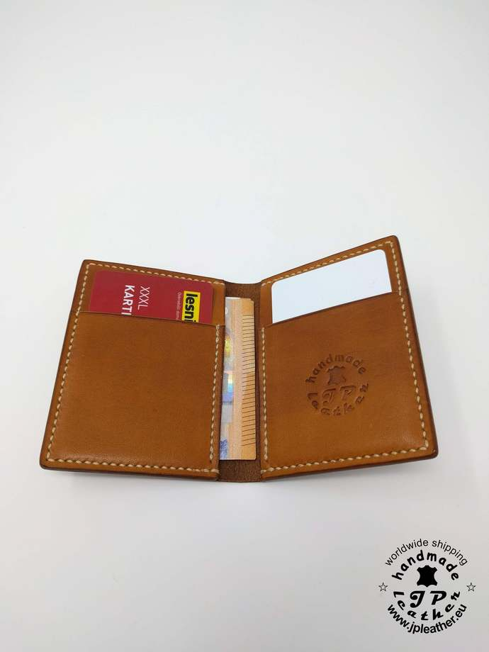 Handmade leather cardholder - handcrafted from vegetable tanned leather (vegtan)