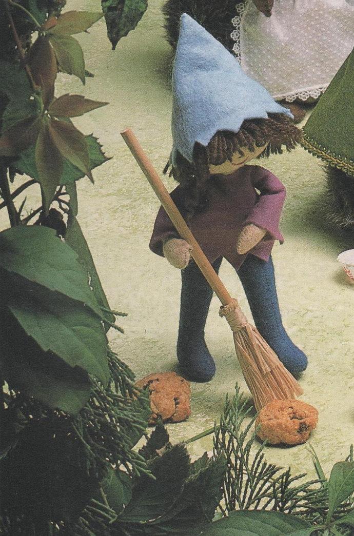 Instant PDF Digital Download Vintage Sewing Pattern Cute Elf or Pixie Soft Body