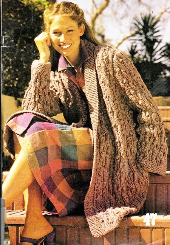 PDF Instant Digital Download Vintage Knitting Pattern  Ladies Women's Chunky