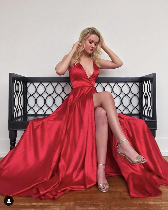 Red Prom Dress,Satin Prom Gown,A-Line Evening Dress,V-Neck Prom Gown 0095