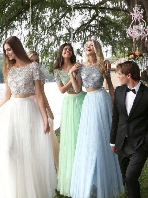 A-Line/Princess Short Sleeves Bateau Beading Floor-Length Tulle Dresses