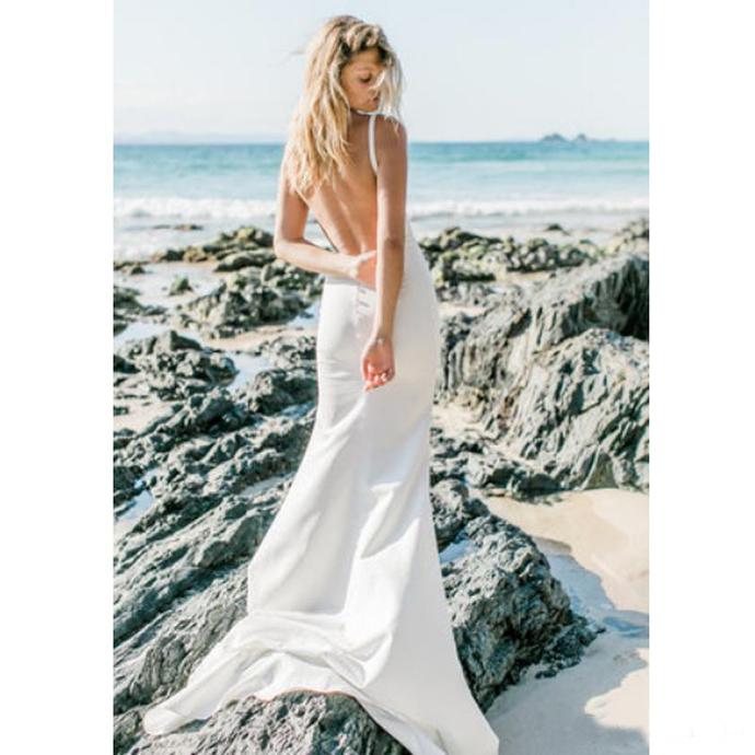 Beach Boho Wedding Dress Chic V Neck Backless White Mermaid Bridal Gown With