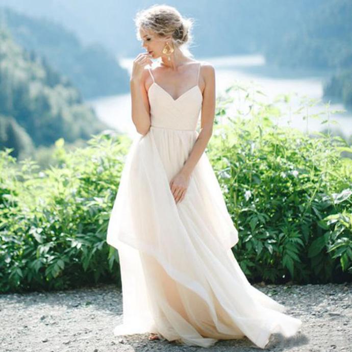 2019 Simple Spaghetti Strap Wedding Dress A Line Tulle Floor Length Beach