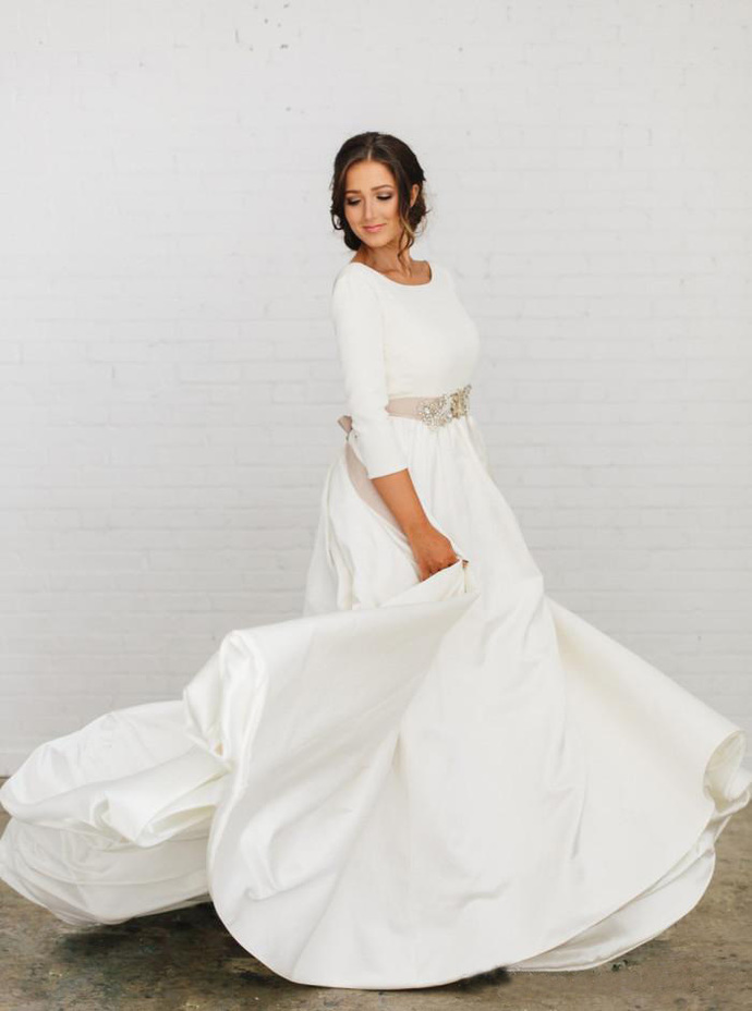 New Boho A-line Soft Satin Modest Wedding Dresses With 3/4 Sleeves Beaded Blet
