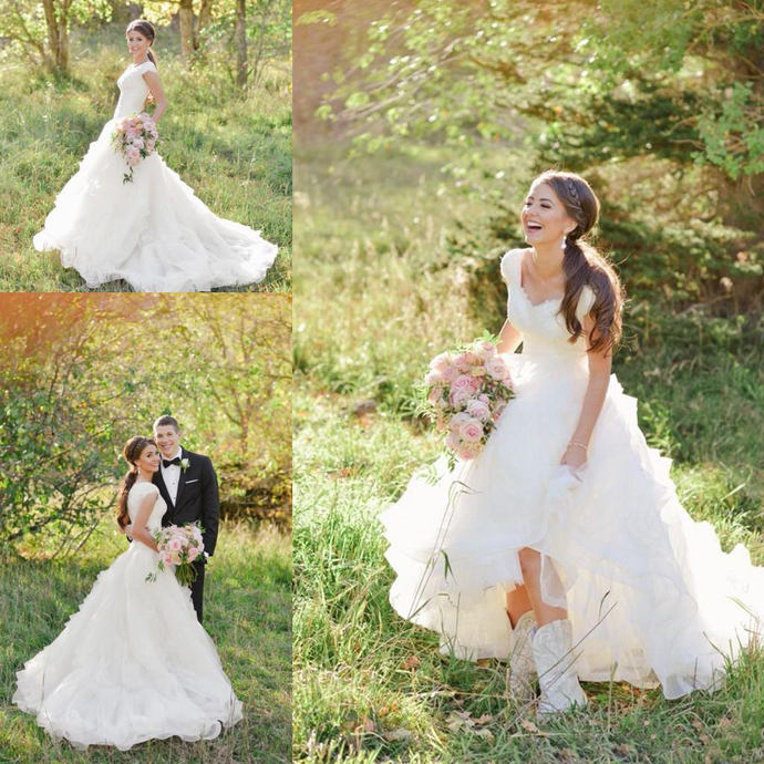 Modest Cowboy Boots Country Wedding Dresses with Cap Sleeves 2020 V-neck Ruffles