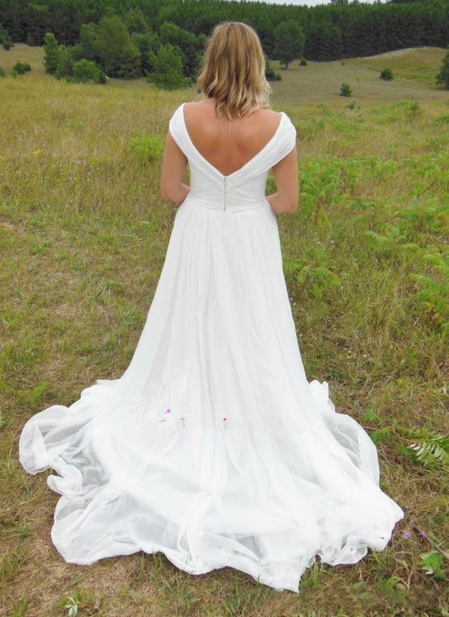 2020 Country Wedding Dresses Plus Sizes Off Shoulder Backless Sweep Train Draped