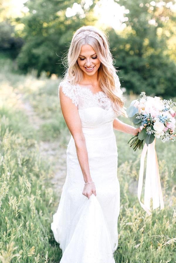 Sheer Crew Neck Garden Mermaid Wedding Dresses Summer Boho Lace Bodice Appliques