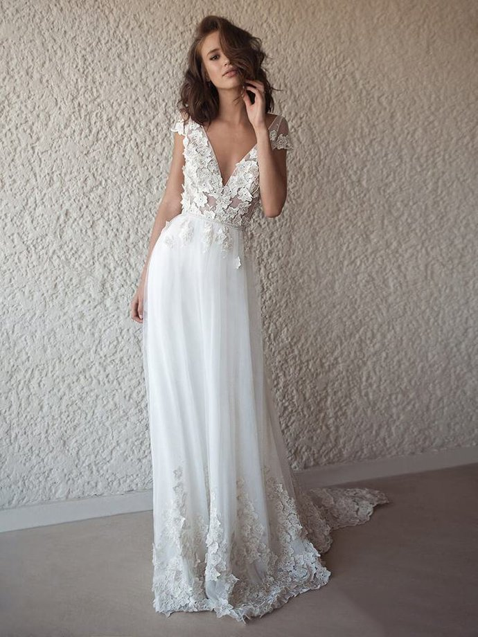 Open Back Wedding Dresses A-line V-neck Appliques Romantic Backless Simple