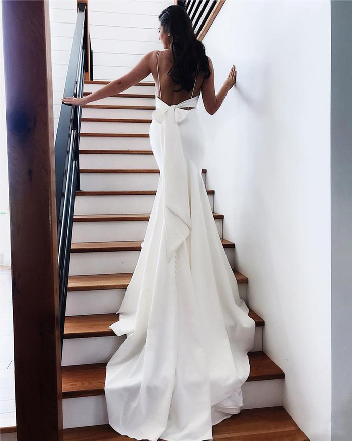 Summer Backless Wedding Dresses Sexy Open Back With Bow Long Train Mermaid