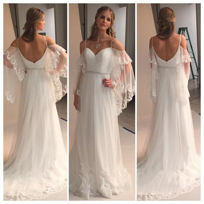2020 Greek Country Style Bell Sleeve Boho Beach Lace Wedding Dresses elegant