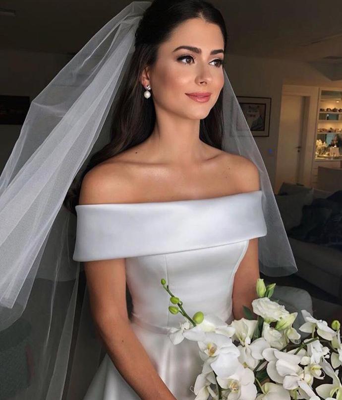 Elegant Bateaux Neck Satin A Line Wedding Dresses 2020 Off The Shoulder Sweep