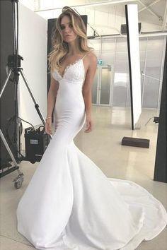 Spaghetti Straps V Neck Satin Prom Dresses Lace Criss Cross Mermaid Evening