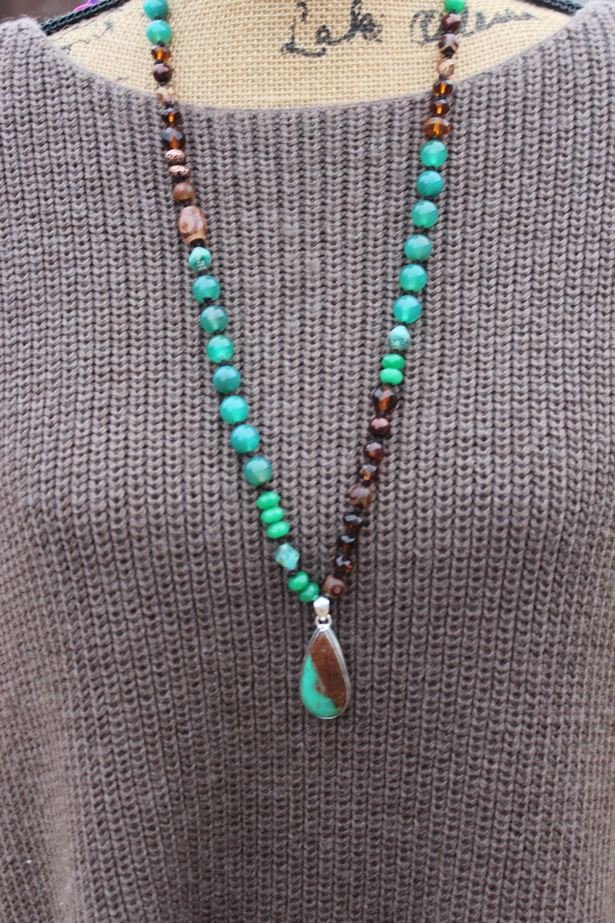 Lose Anxiety Long Beaded Necklace with Pendant Chrysoprase Green onyx Jewelry