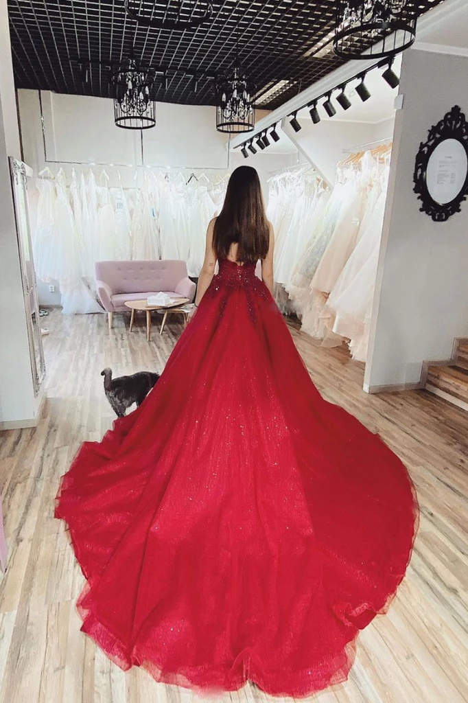 Fashion V neck Appliques Prom Dresses, Red Ball Gowns, Formal Quinceanera