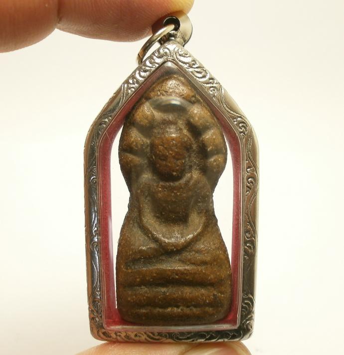 Phra Nakprok Sukhothai Antique Lord Buddha protect by 7 heads Naga snake Thai