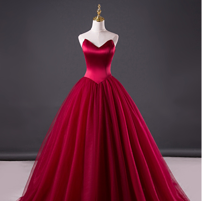 2020 Sexy V Neck Tulle Prom Dress Strapless Court Train Evening Gown