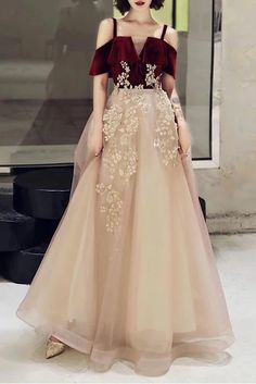 A Line Straps Tulle Prom Dress with Appliques, Floor Length Short Sleeves Party
