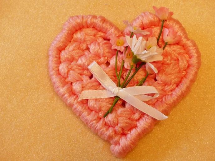 Macrame valentine, Macrame heart, Valentine's Day, Gift for women, Gift for