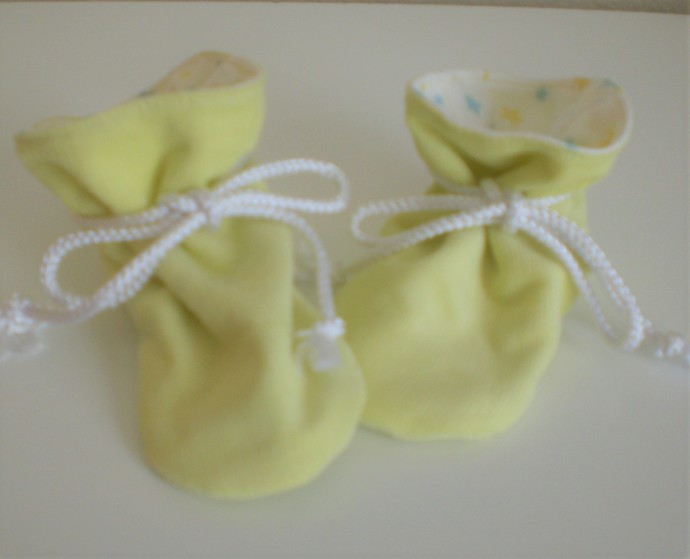 Yellow corduroy baby TV booties/soft sole shoes SIZE SMALL
