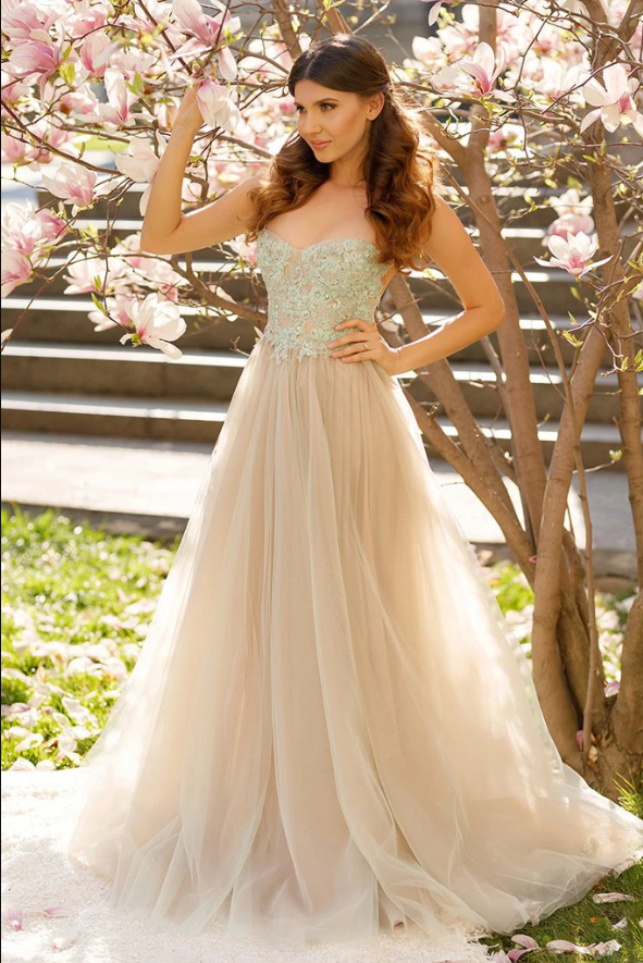 Princess A-line Spaghetti Straps Tulle Sweetheart Prom Dresses