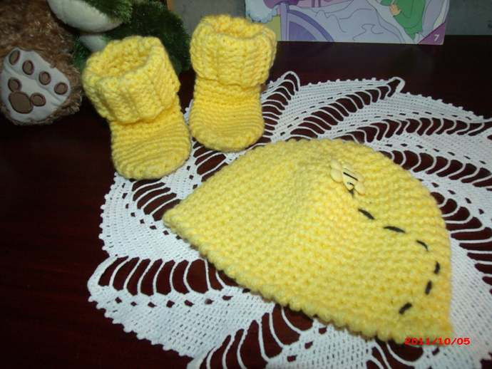 Copy of There is Sunshine in My Life today, Bee Newborn Hat and Sock Set