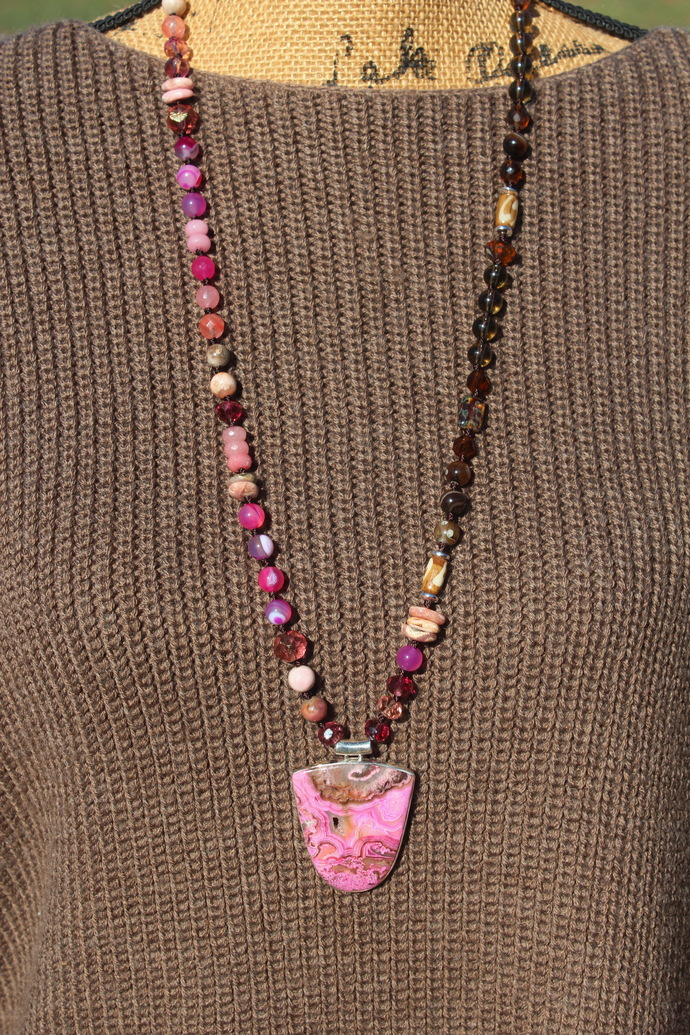 Positive Energy Long Beaded Necklace with Pendant Mexican Laguna Lace Agate