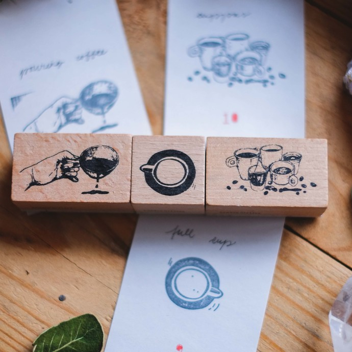 London Gifties design wooden rubber stamp - Pouring Coffee - 5 x 3 cm