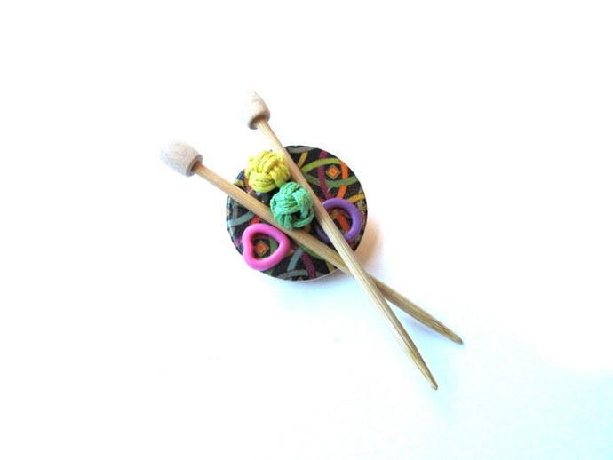 Knitter's Pin Brooch Free US Shipping