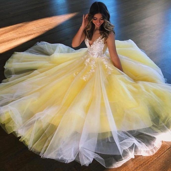Yellow Prom Dress,Tulle Prom Gown,V-Neck Evening Dress,Appliques Prom Gown 0123