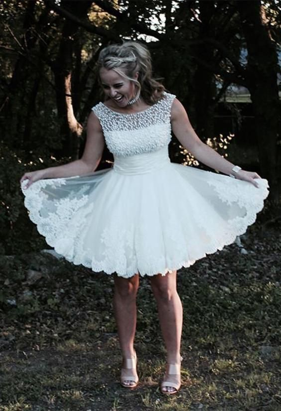 Elegant White Lace Short Homecoming Dress with Pearls