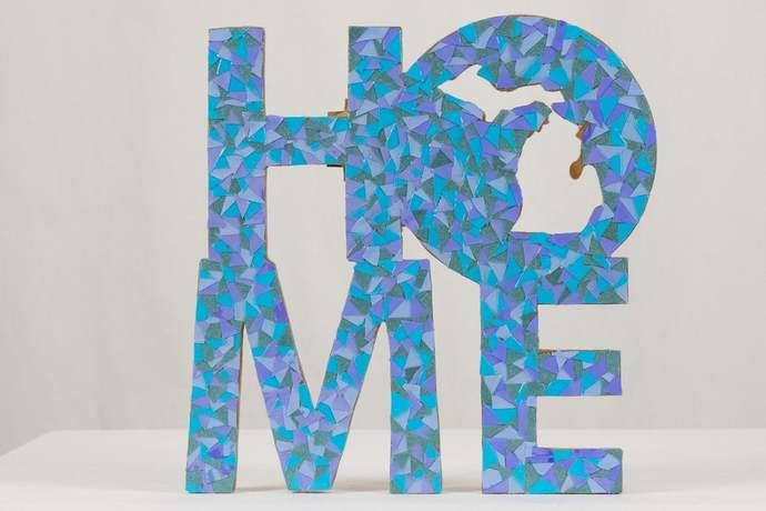 MI Home sign cut paper